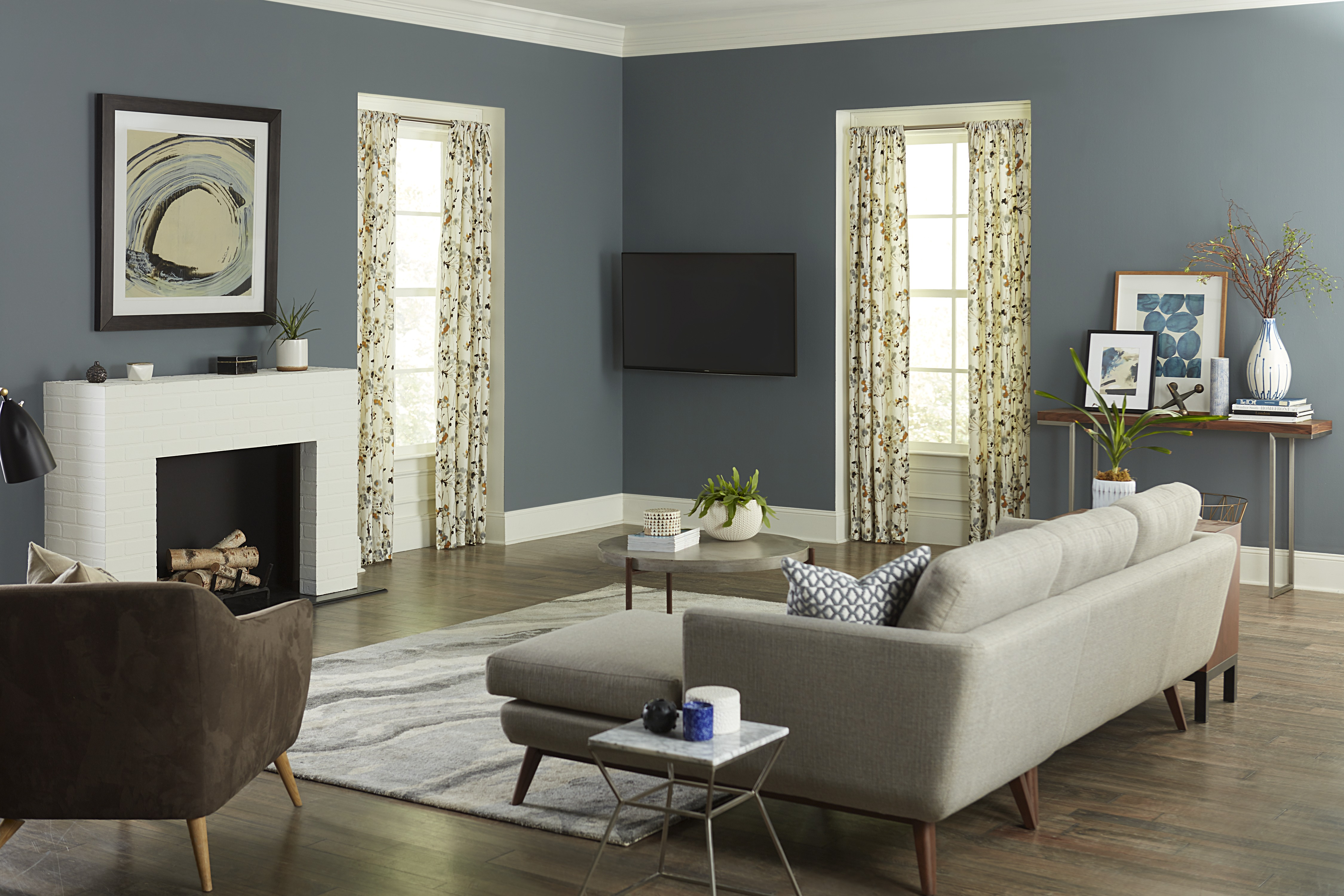 TV mounted in corner recessed