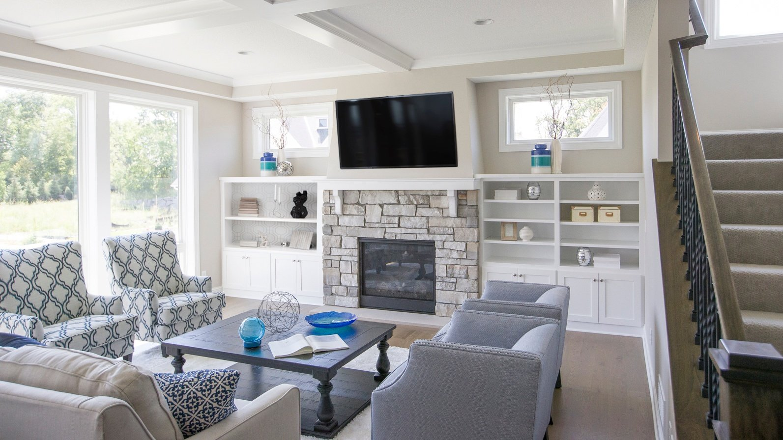 Wondrous What To Consider When Mounting A Tv Above A Fireplace Video Download Free Architecture Designs Ogrambritishbridgeorg