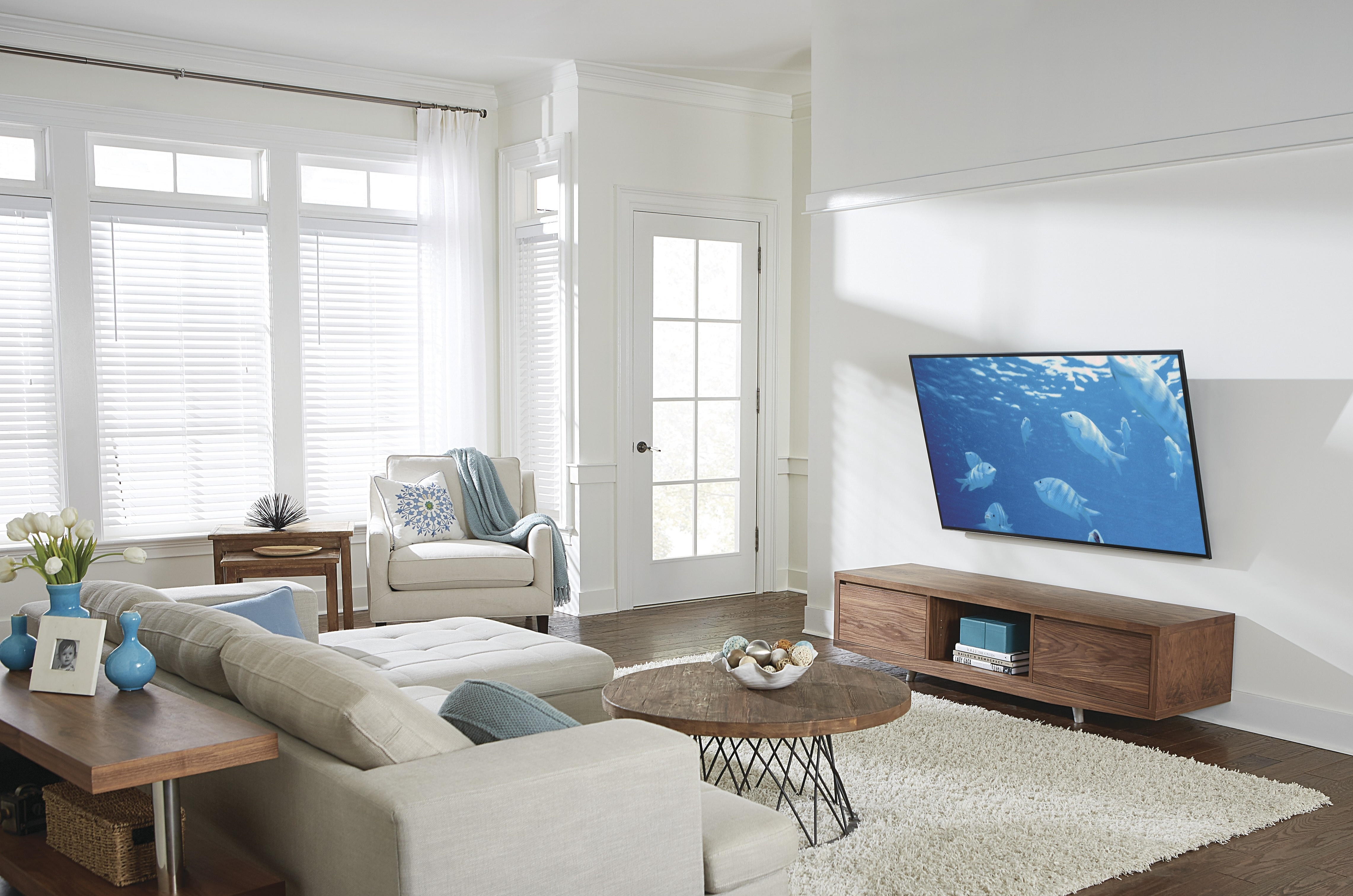 optimal distance from tv to sofa. Black Bedroom Furniture Sets. Home Design Ideas